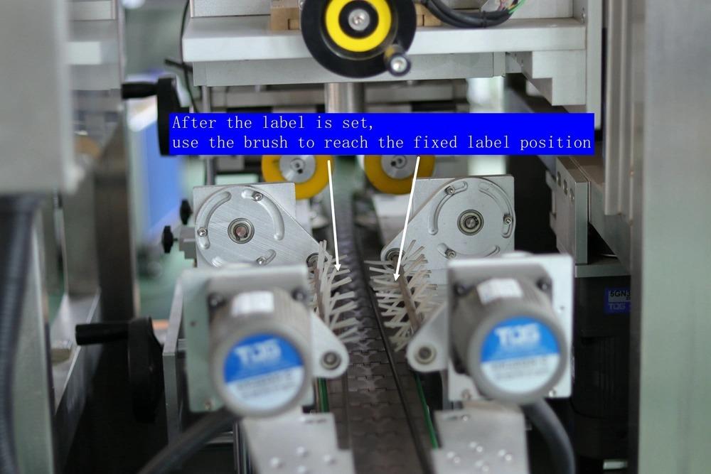 Машина за етикетиране на автоматична свиваща се втулка с капачка на гърлото на бутилката