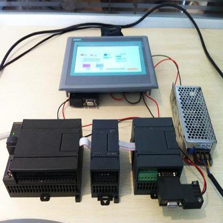 PLC и сензорен екран